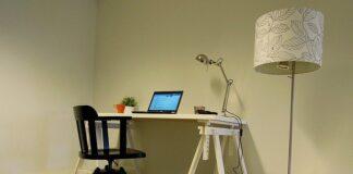 krzesła do biurek bez kółek